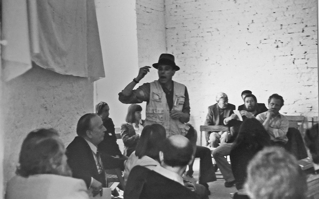 """Beuys, das INKA und die """"Honigpumpe am Arbeitsplatz"""""""